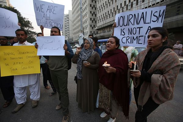 The Plight of Pakistan's Journalists – The Diplomat