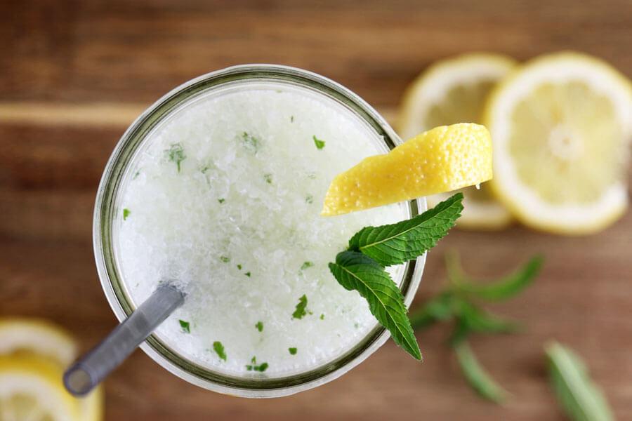Easy 4 Ingredient Mint Lemonade