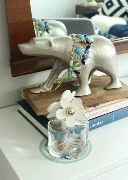 Jewelry scores