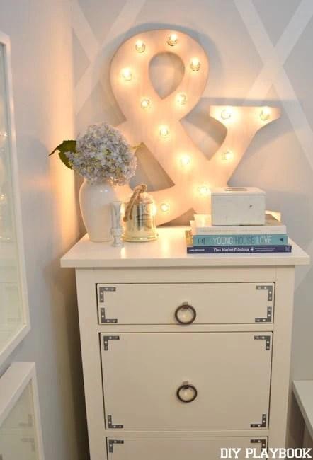 Ampersand-On-Dresser