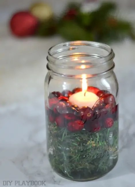 Cranberry-Greenery-Candle-Votive