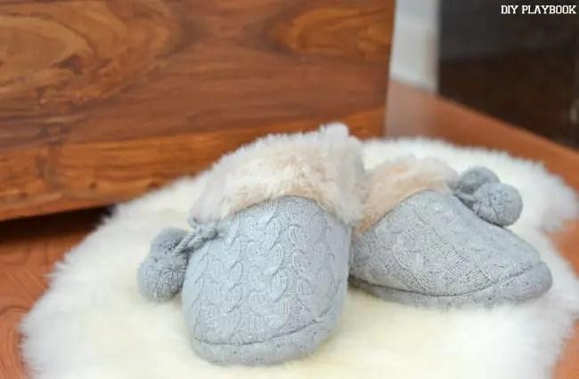 Fuzzy-Gray-Slippers