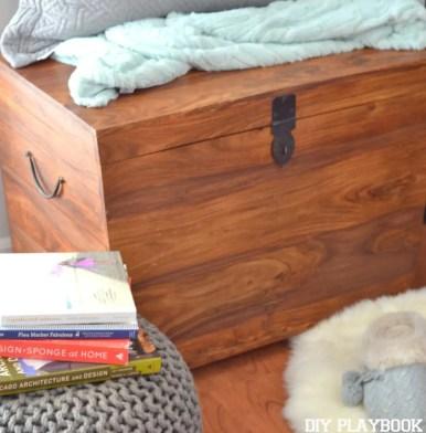 Wooden-Bench-Corner