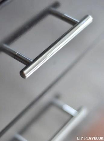 Silver-Drawer-Pulls