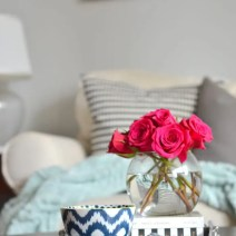 marble-tray-coffee-table-flowers-books-vignette