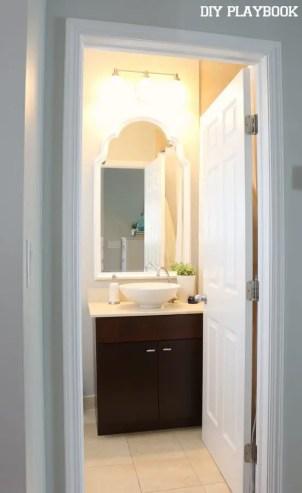 09-augusta-guest-bathroom-lights-on