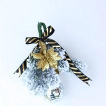 DIY Christmas Mistletoe