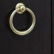 06-gold-pulls-hardware-bathroom