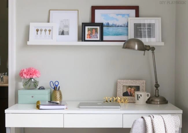 03-atg-desk-white-small-space-office-bedroom