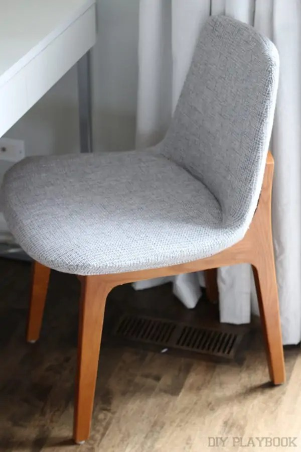 7-atg-gray-chair-office