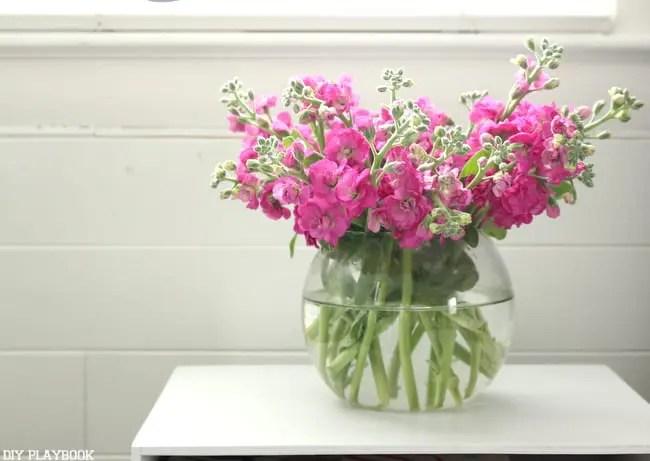 flowers_vase_bedroom