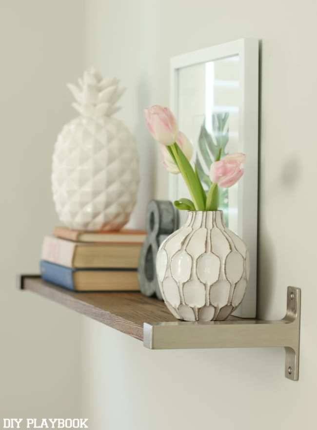 how_to_hang_a_shelf_zillow