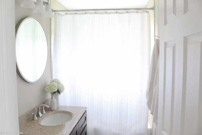Bathroom_Mirror_Round-4