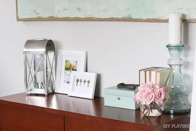 frames-dresser-tabletop-decor