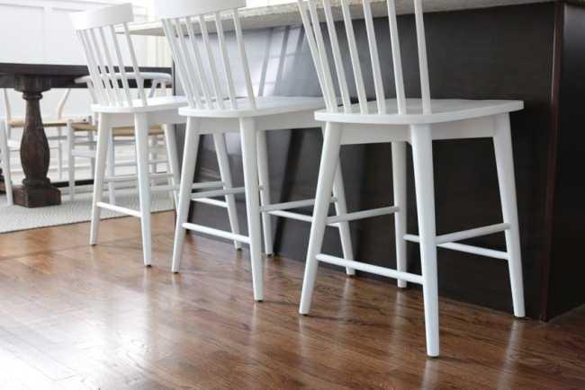 white_counterstools_kitchen-8