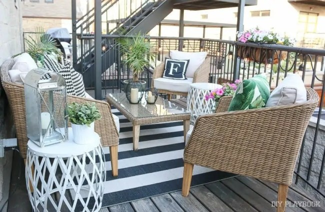 wide-shot-patio