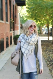 bridget_fashion_fall_sweater_vest_scarf_booties-4