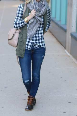 bridget-fall-plaid-vest-boots-jeans-casual-fashion-9
