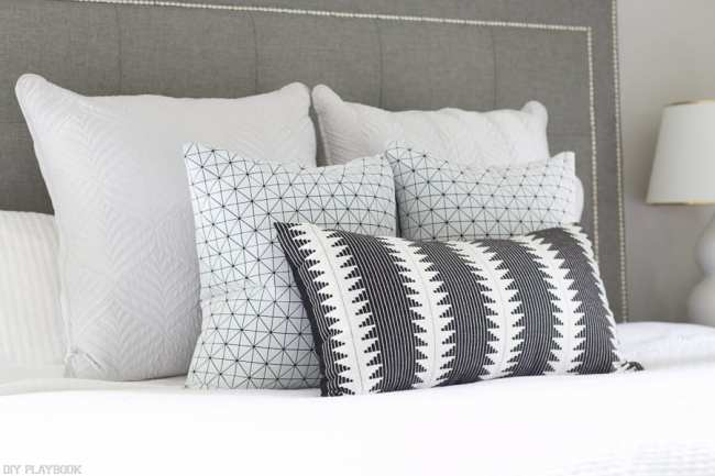 lowes-makeover-bedroom-reveal-black-white-lumbar-pillow