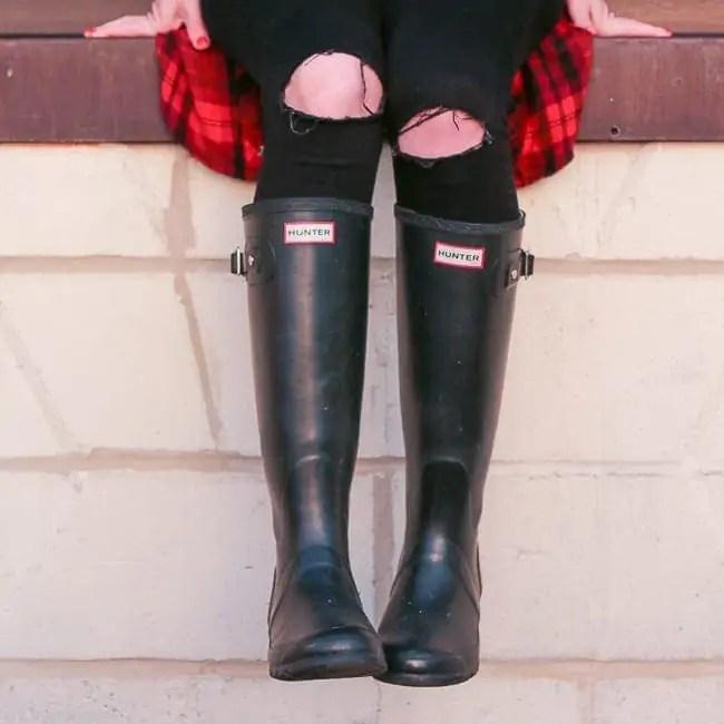 black-hunter-boots-flannel