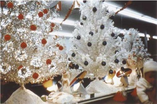 william-eggleston-christmas-tree