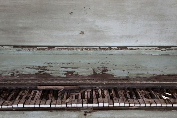 28_web-piano1a