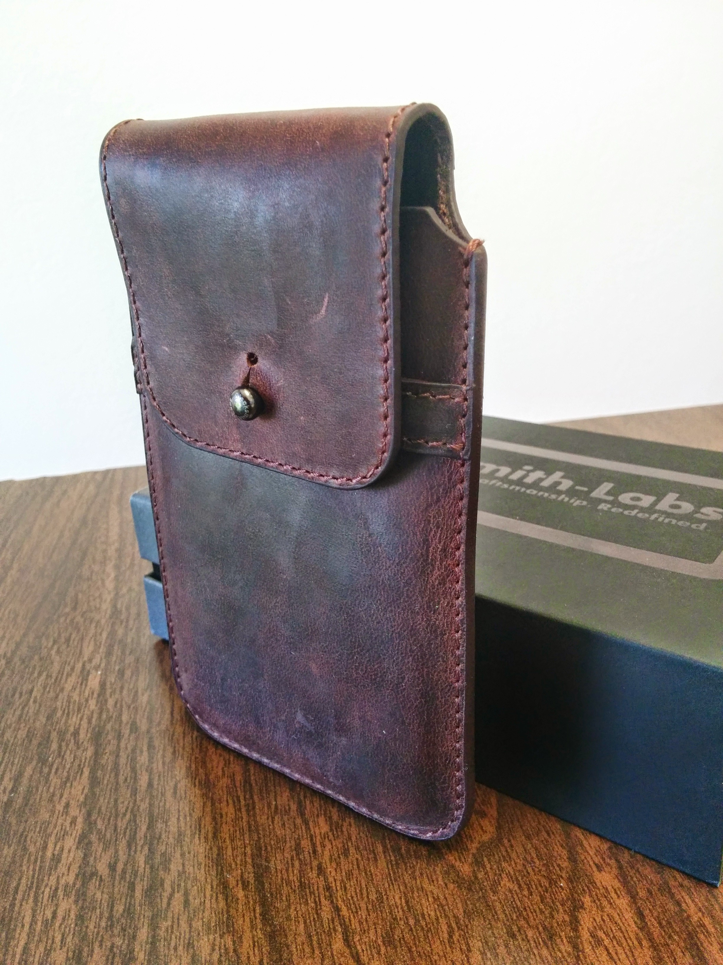 Product review blacksmith labs leather phone holster for Miroir projector review