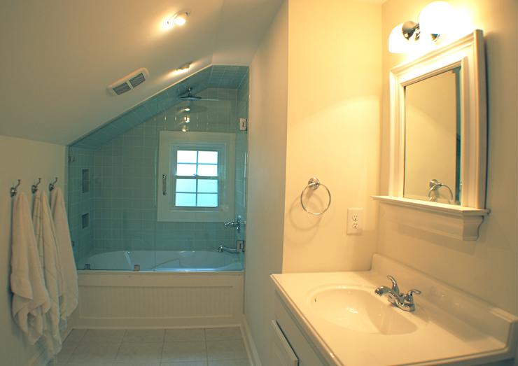 indiana upstairs bath