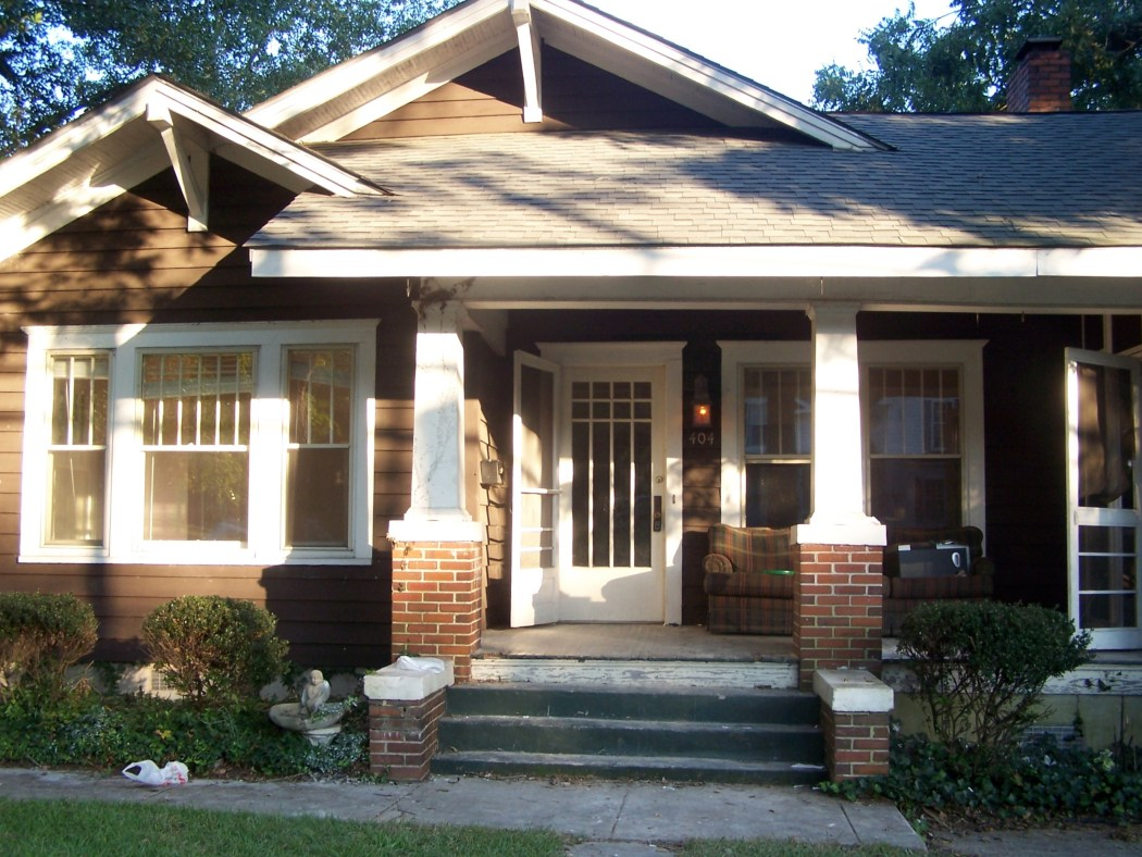 bungalow 404 before