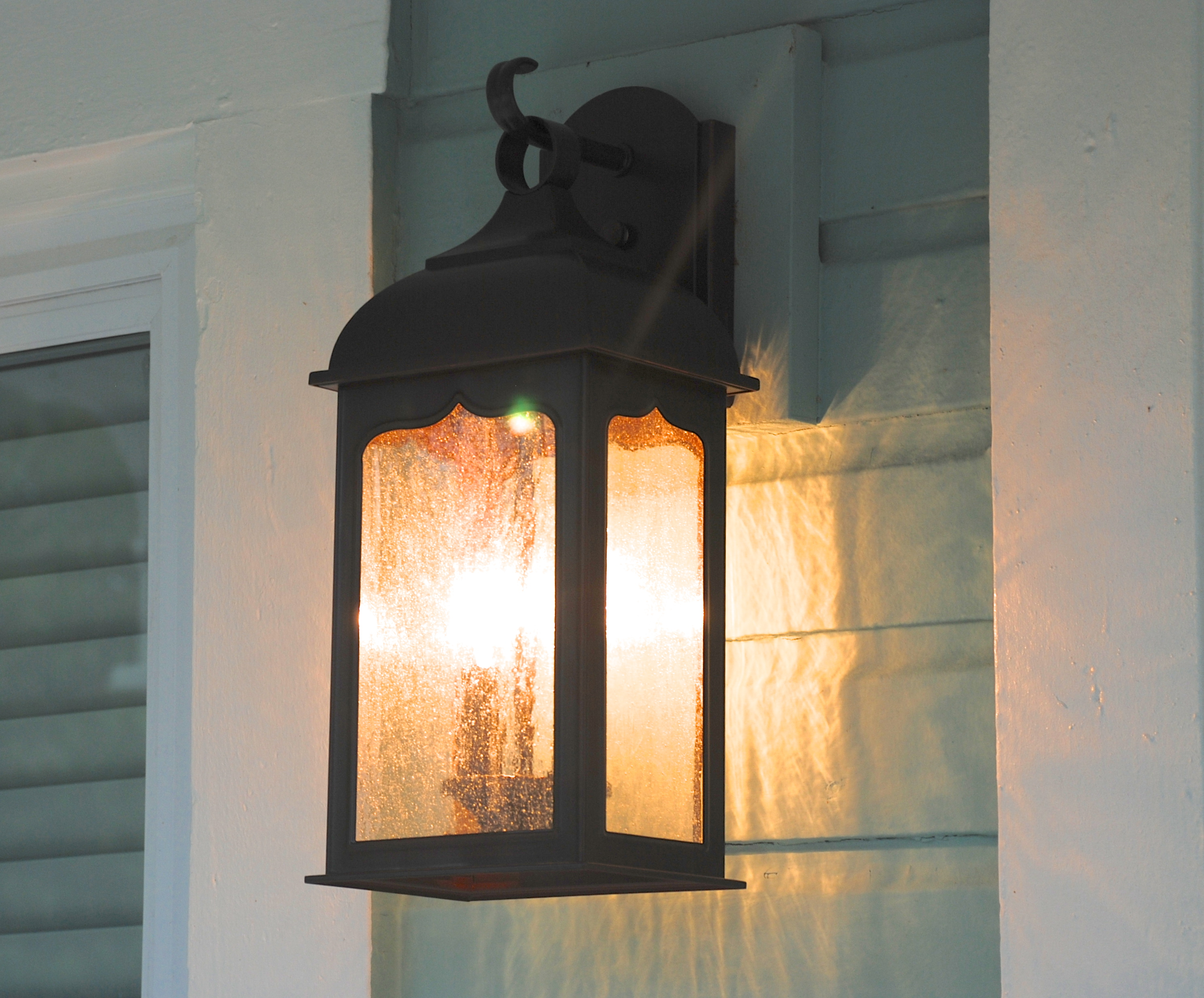 Grout Cottage: Exterior Lighting Choice The Estate of Things