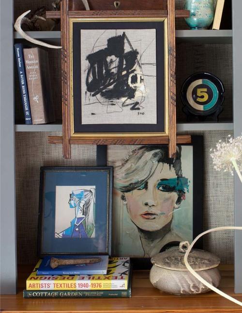 Bookcase+detail