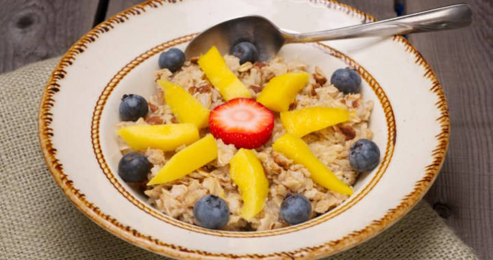 Studies show a bowl of cereal is an easy healthy breakfast