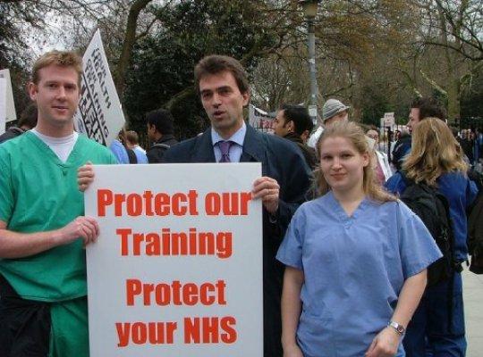 Junior Doctors in England Suspend 5 Day Strikes