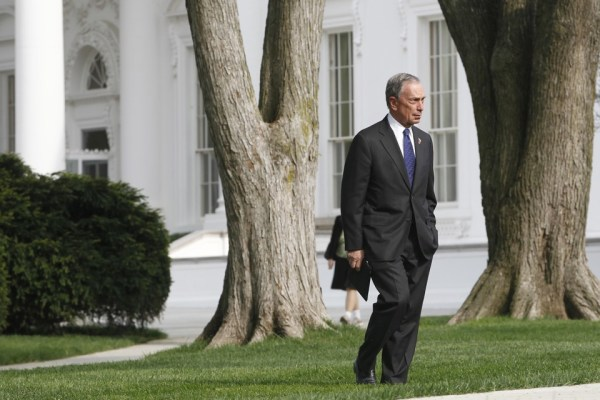New York City Mayor Michael Bloomberg walks on the North Lawn after meeting with President Obama about immigration reform at the White House in Washington, Tuesday, April 19, 2011. (AP Photo/Charles Dharapak)