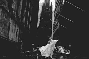 Jerry Schatzberg, Betsy Pickering on Wall Street, 1958