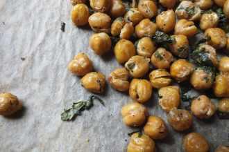 Roasted Garlic-Parsley Chickpeas [Vegan, Gluten-Free, Dairy-Free]
