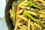 broccolini pasta with white wine sauce