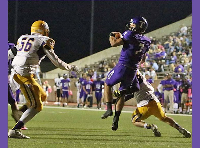 Junior quarterback Zed Woerner is on pace to break a slew of career records at Tarleton State. || TheFlashToday.com photo by RUSSELL HUFFMAN