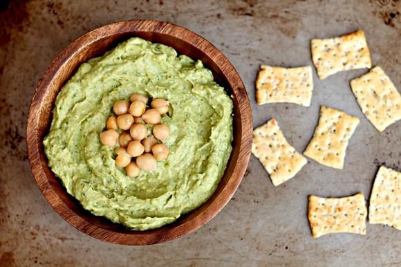 Avocado Hummus recipe by Chocolate & Chillies