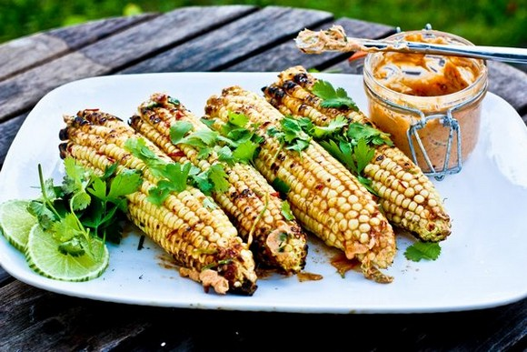 Grilled corn with chipotle lime butter cilantro recipe picture 1