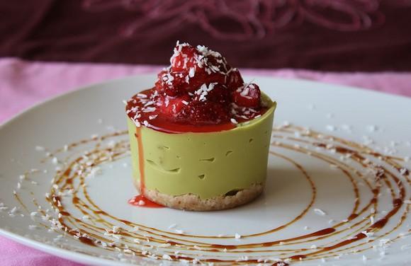 Raw Avocado Vanilla Cheesecake recipe by Sweetly Raw