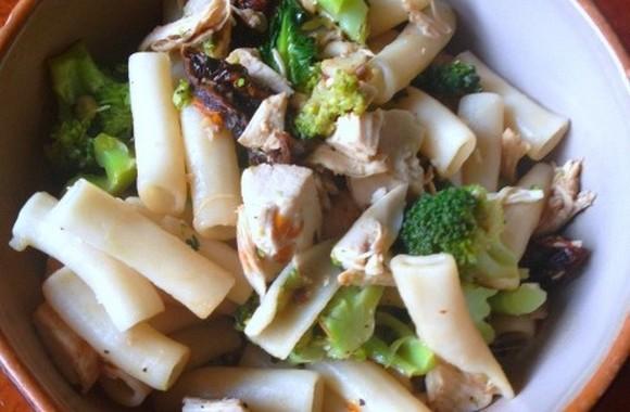 Chicken, Broccoli & Sun Dried Tomato Pasta recipe photo