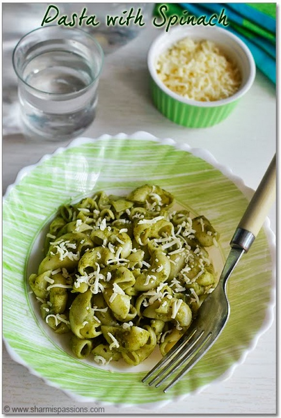 Pasta with Spinach Sauce recipe photo