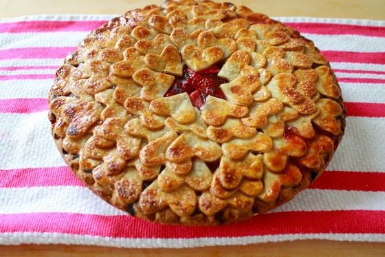 Strawberry Heart Pie recipe photo
