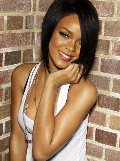 Rihanna - New Hair Cut