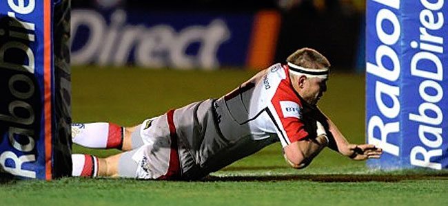 Big Tom shows great dexterity as he goes over for Ulster's opening try.