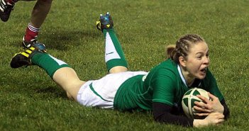 Irish Sports Council Sportswoman for February Niamh Briggs will be a key player for Ireland on Friday night.