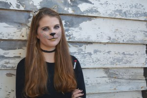 web_ac_halloween_makeup_cred_elizabeth_whicher