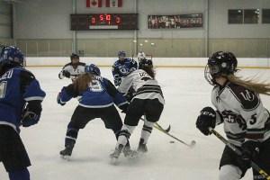 web_spo_womens_hockey_cred_kyle_darbyson