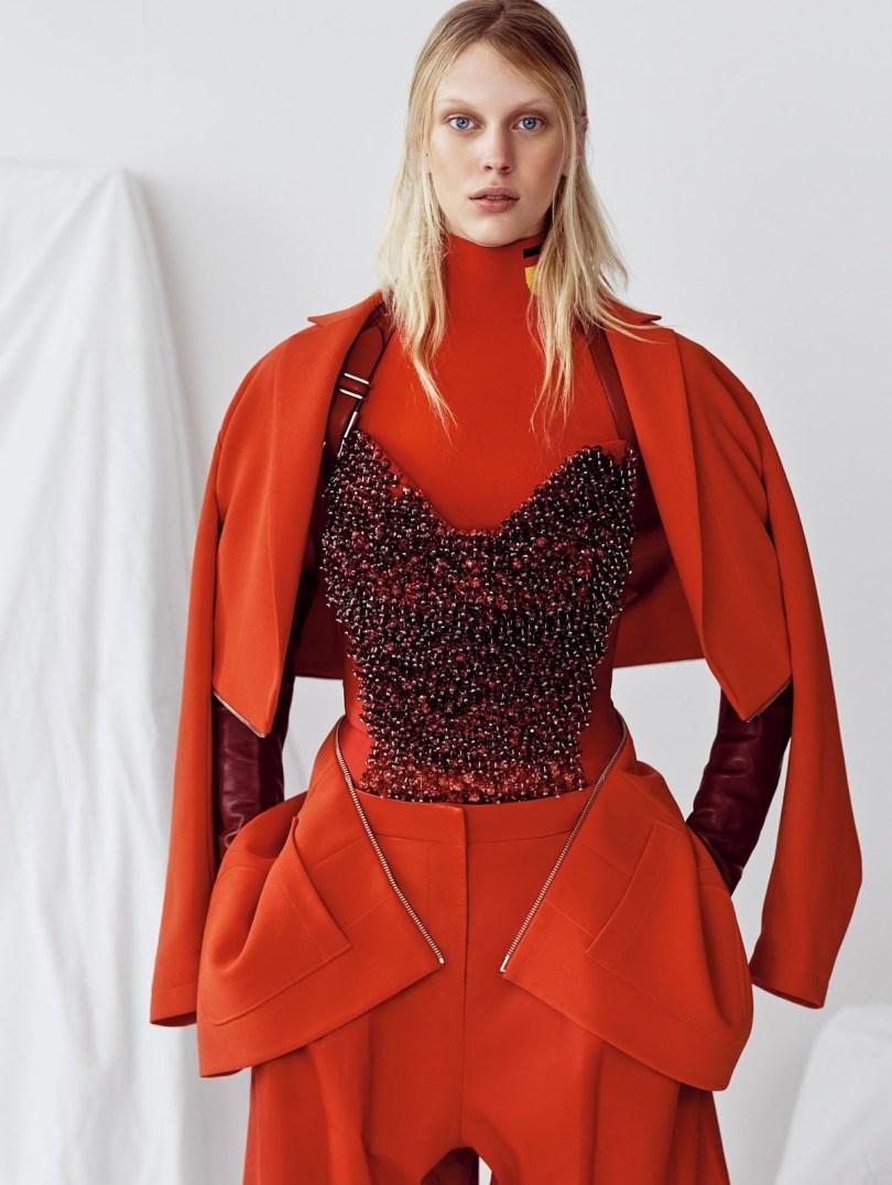 A Study In Scarlet- Juliana Schurig By Nathaniel Goldberg Vogue China May 2015